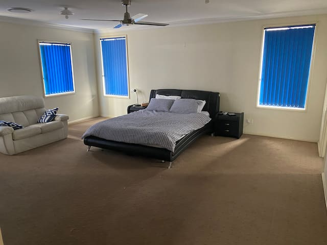 Large Bedroom available in a shared house