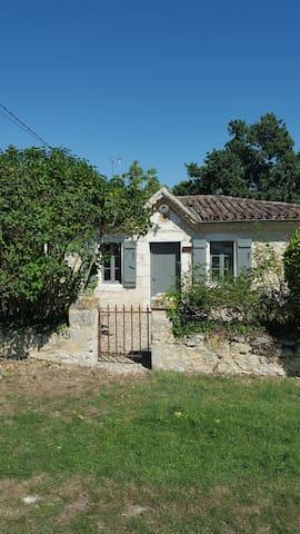 Villa gascogne de 1836 dans le Gers - Homps