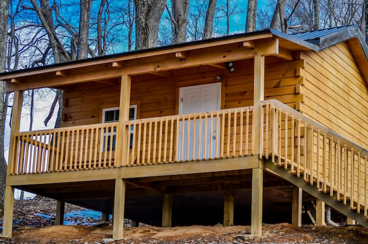 Foxtail Orchards Cabins & Campgrounds - Iron Horse
