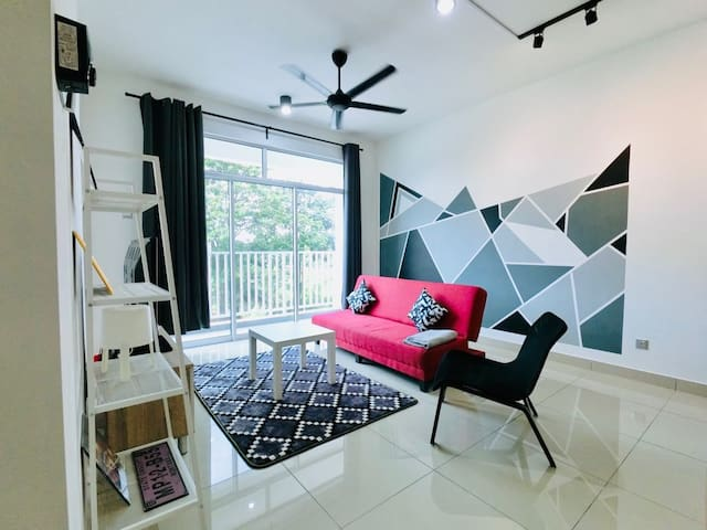 Infinite Home, 5min Bukit Indah,10min to Legoland