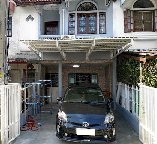 New Renovate TownHouse Phasi Charoen