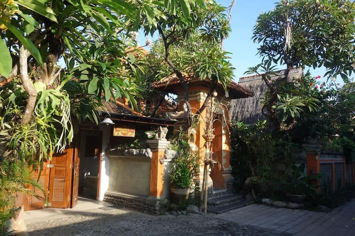 marguerite's oasis - Sanur - Bed & Breakfast