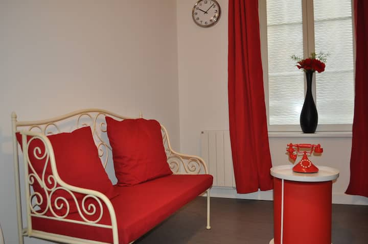 """Apartment """"VALENTIN"""" - heart of town in METZ"""