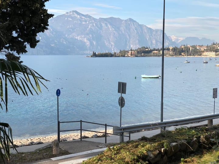 Lake Front Apartment Malcesine