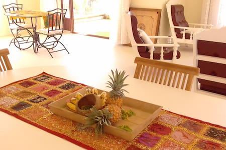 Aldabra, appartement Calme et Lumineux - La gaulette