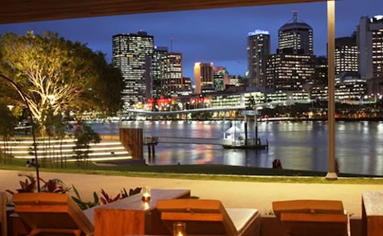 Be in the heart & soul of Brisbane - South Brisbane - Apartamento