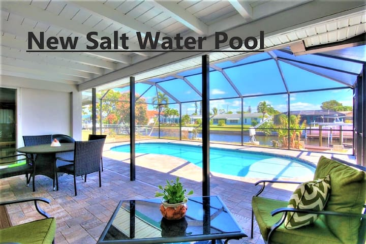 DIRECT GULF ACCESS 3 BR HOME. NEW SALT WATER POOL!