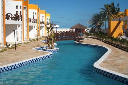Casa beira-mar em cond fechado-Praia de Maracajaú - Maxaranguape
