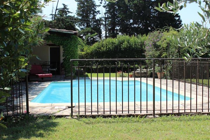 Maison au coeur de la provence - Sarrians - บ้าน