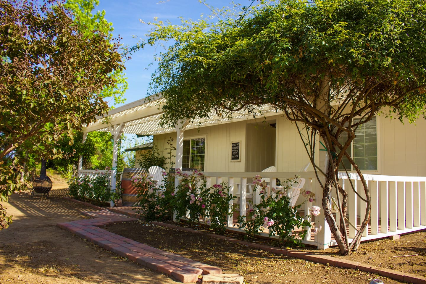 Temecula Wine Country Cottage in the Vines - Houses for Rent in ...