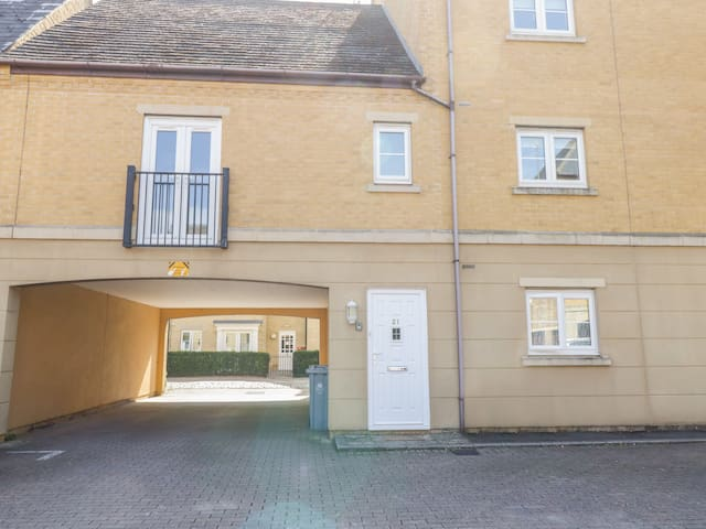 21 Priory Mill Lane, WITNEY