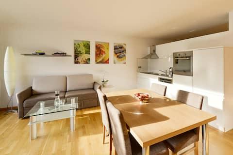 Modern Apartment - Brigth & Quiet - Garden