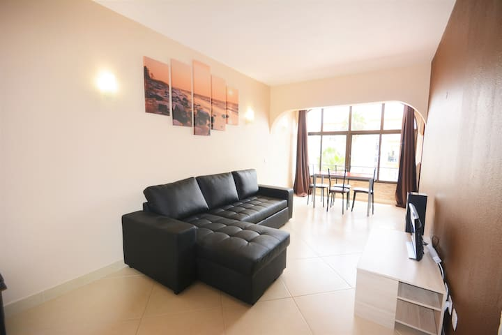 t1 albufeira fully renovated near oura strip!
