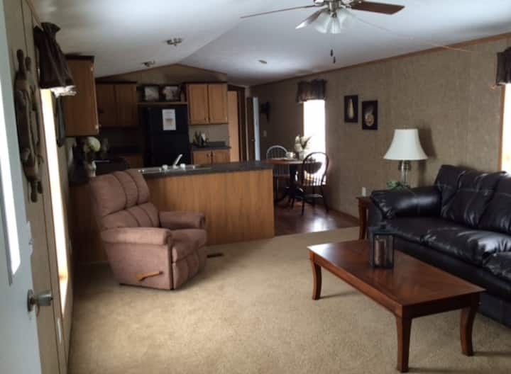 Private,Spacious Home-Tappan Campground Entrance