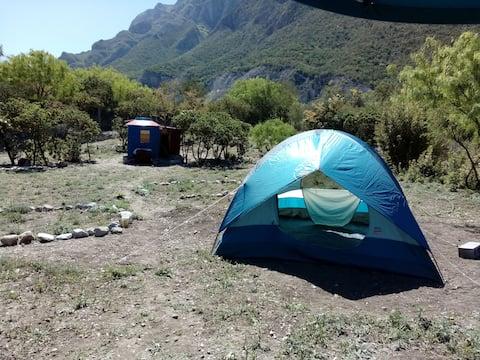 La Cueva de la Gotera (Tent)
