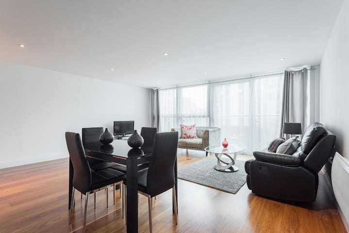 Lovely 2 bed flat in central - swiss cottage