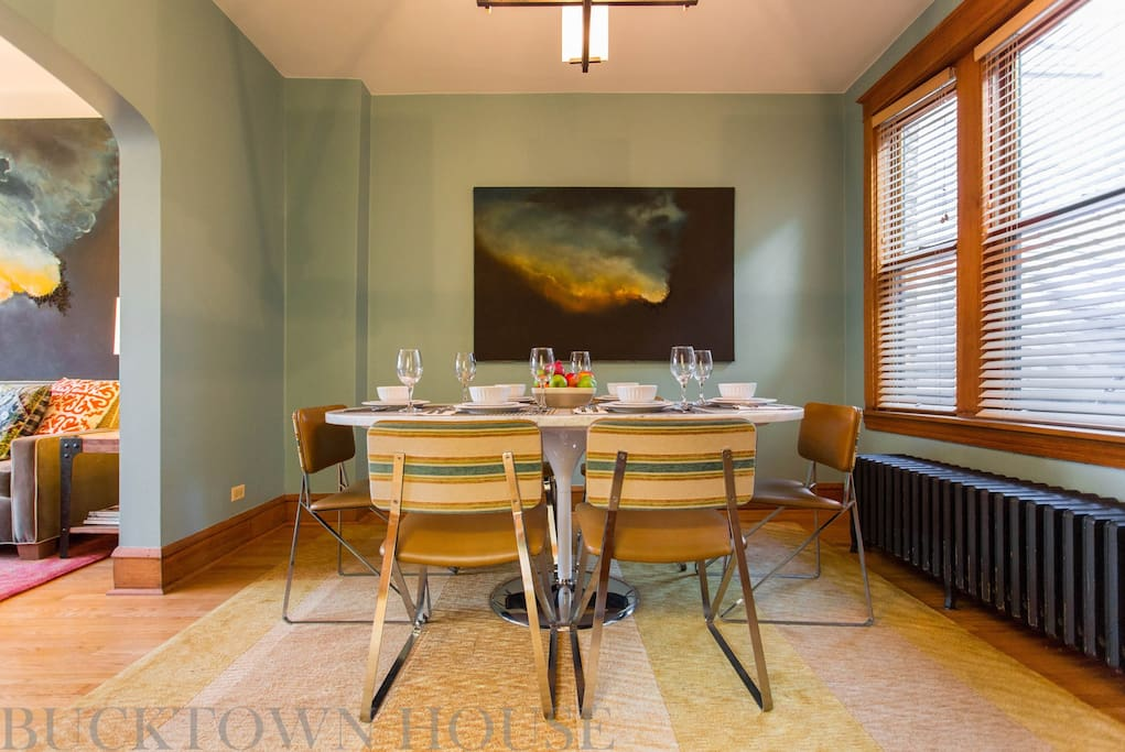 Sunny designer suite in bucktown wicker park apartments - 2 bedroom apartments in bucktown ...