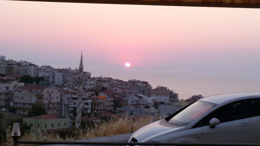 İzmir Dikili'de Deniz Manzaralı Kiralık LüxDaire - Dikili - Appartement