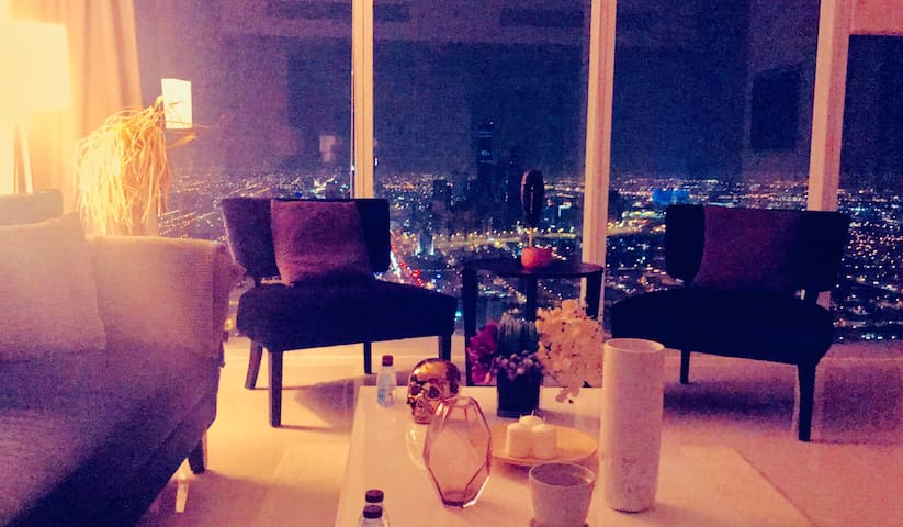 Luxury apartment/southern view/60th floor in RAFAL