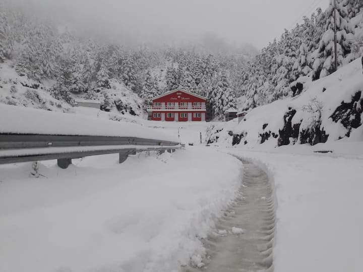 Swiss resort dhanaulti