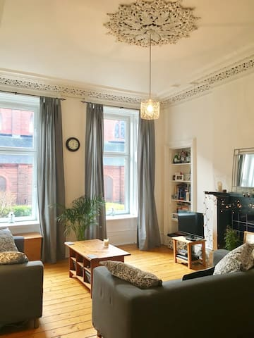 Double room in lovely tenement flat - Glasgow - Wohnung