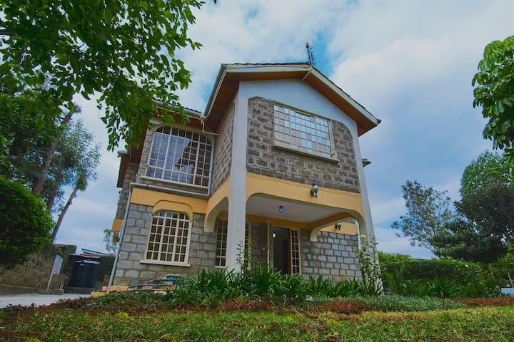 Reyhan Guest House near Maasai Lodge