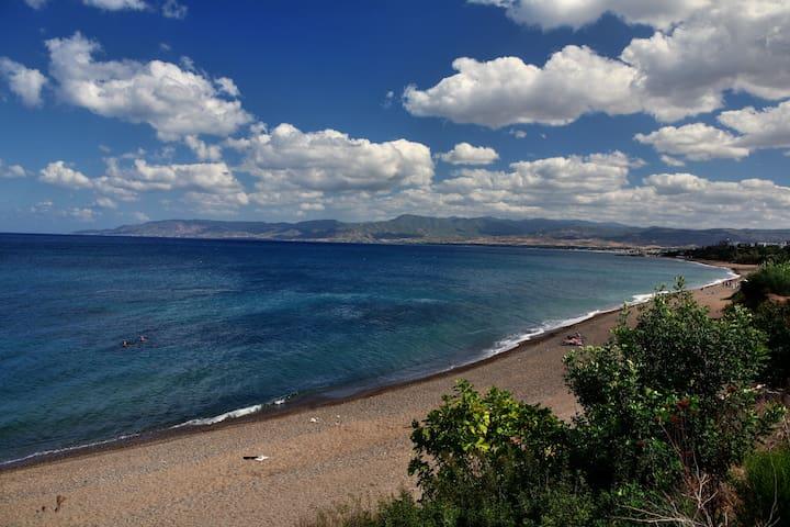 Golden Beach Villas
