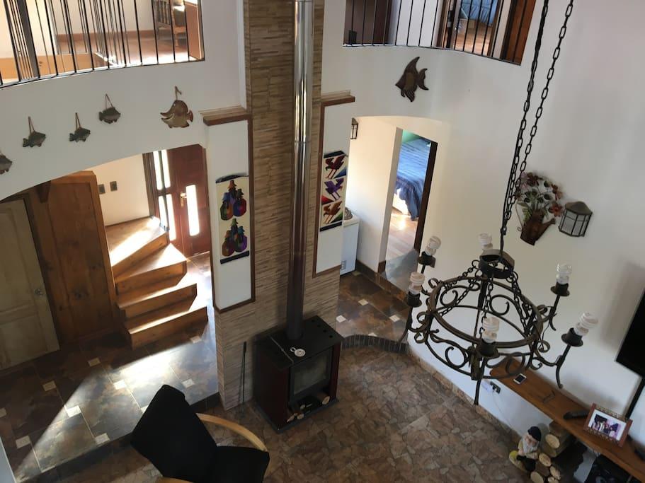 vista del living desde el segundo piso