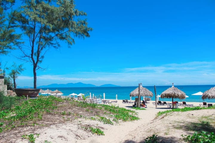 Blue Beach Homestay - Private room beside beach