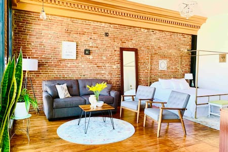 Historic Havana Lofts ~ South Bank Loft ~ Downtown