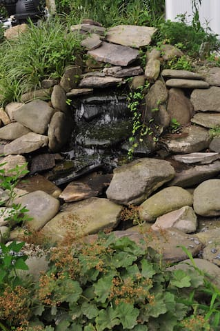 our little waterfall, which adds a nice sound.