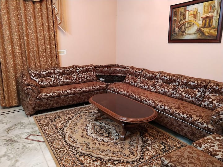 1 BHK located in east delhi.