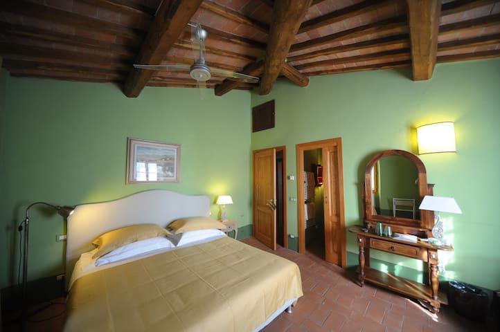 Le Dimore Mezza Costa b&b - Camera Verde e Gialla