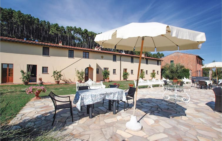 Holiday apartment with 1 bedroom on 55 m² in Buti (PI)