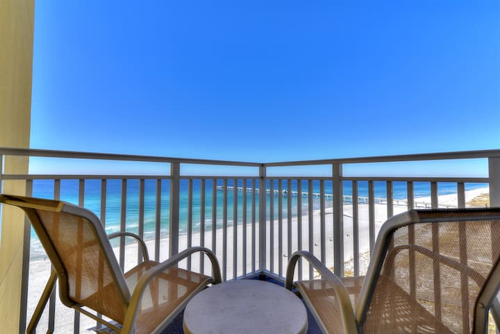 Pier Serenity Beachfront Suite for Two with Best Views on the Beach!