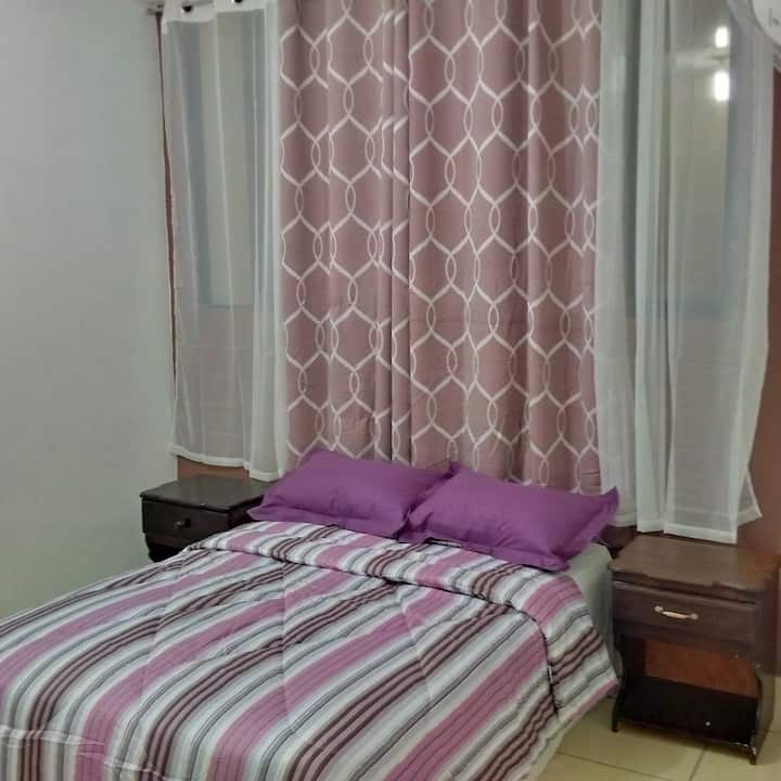 Gabrielle's Hotel - Economy Double Room