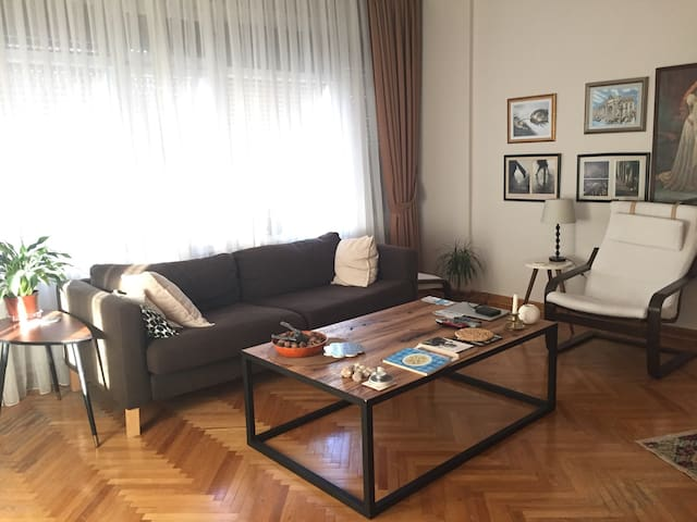 Cozy Apartment Near Bağdat Street and Seaside - Kadıköy - Hus