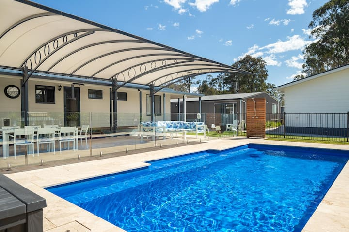 Awesome Pool Room on Fabulous NSW South Coast