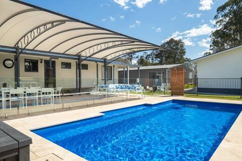 Awesome Pool Room on Fabulous NSW South Coast