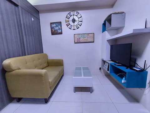 Cheap  Condo with WIFI unlimited  1BR with balcony