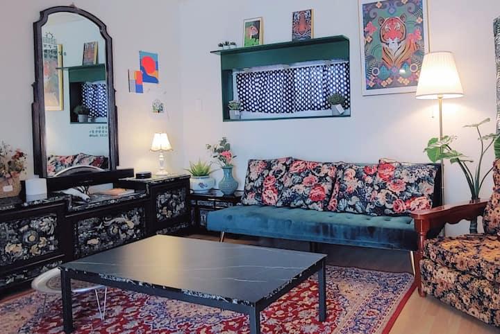 #1 용산역앞 레트로한 단독주택 '한강당'