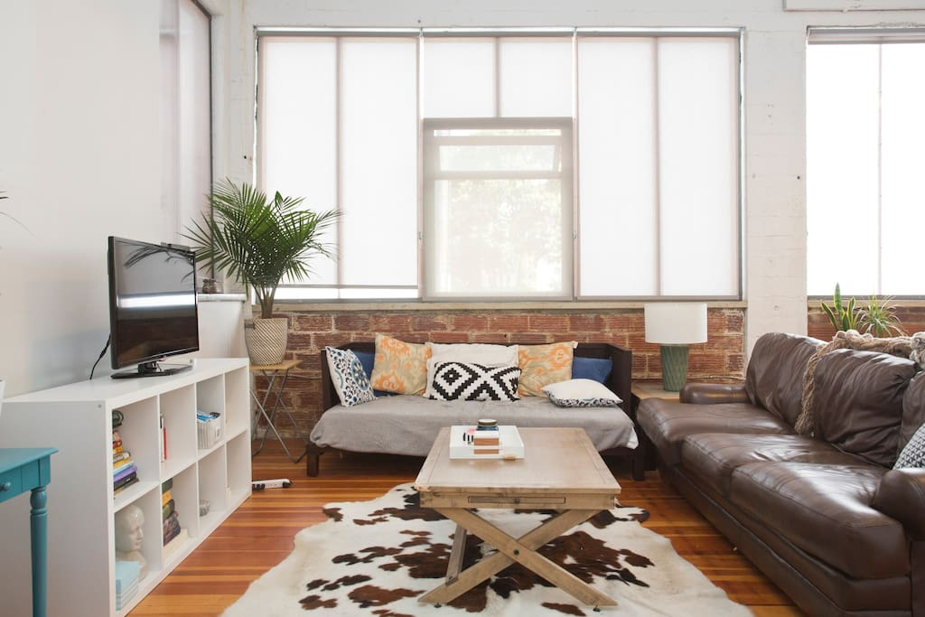 Huge Bright Warehouse Loft Apartment In Oakland Lofts For Rent In Oakland California United