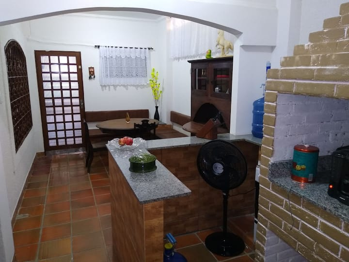 HOSTEL QUARTO B  Bosque SJC, do Medina
