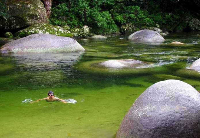 Mango Creek - Mossman Gorge