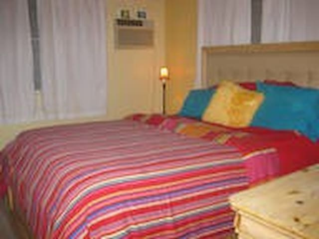 Master Bedroom with Private Bath - Aguada - House