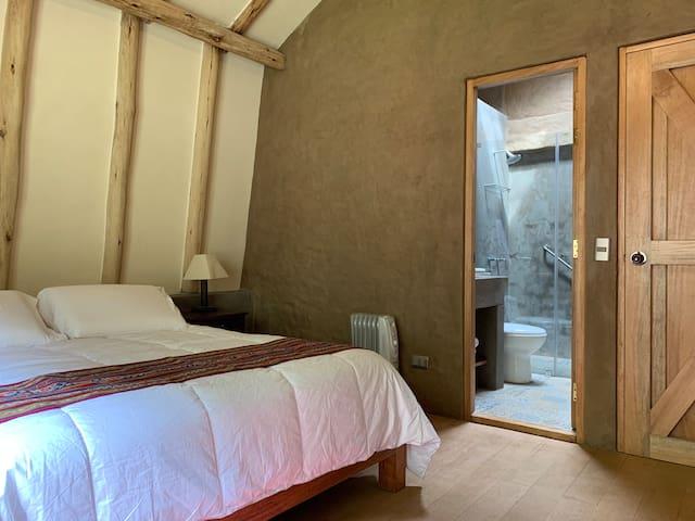 Habitación 2: Calefacción y baño incorporado