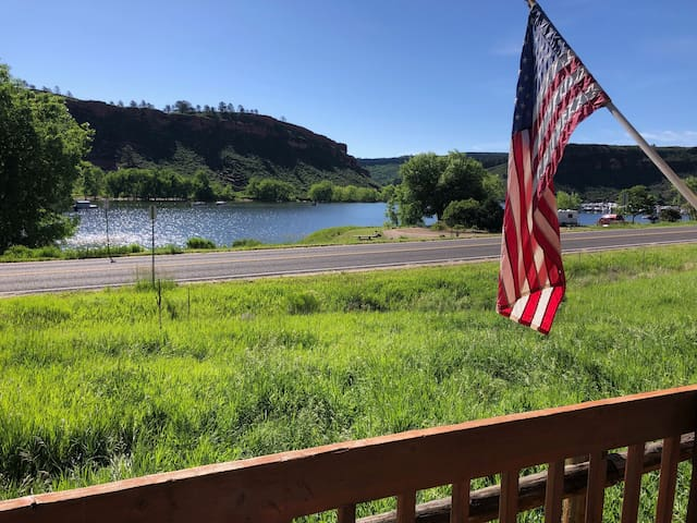 Horsetooth Waterfront Home