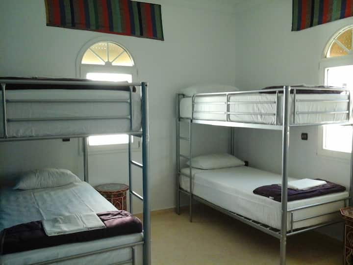 Bed in 6-Bed Mixed Dorm (Blue Room)