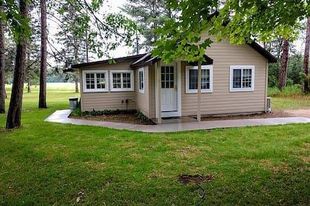 Kemp's cabin