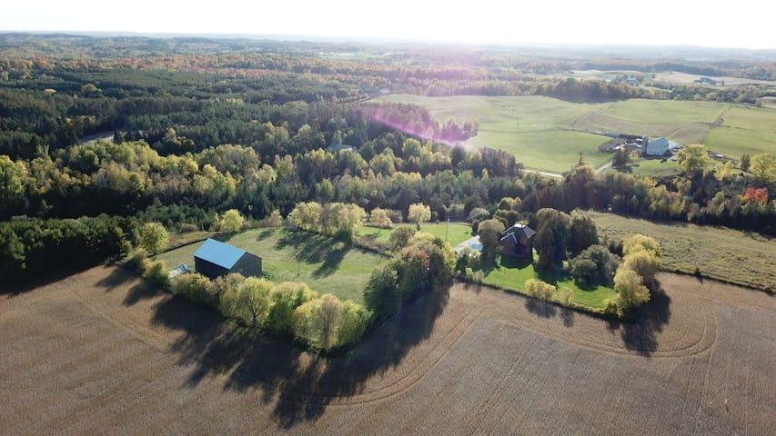 Classic Palgrave century farm/Bolton/1h N Toronto